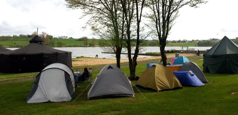 Nieder Mooser Campingplatz mit See