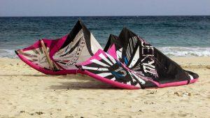 moderner Kite am Strand