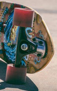 Eine gängige Longboardachse die unter den meisten Boards verwendung findet